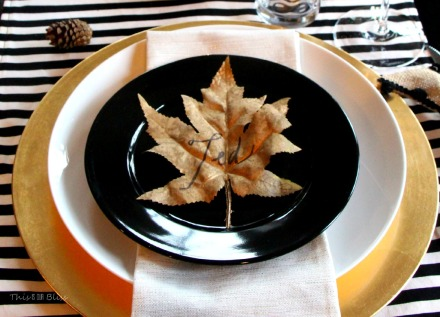 DIY Gilded leaf place cards for Thanksgiving table - diy gold table decor