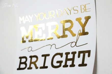 DIY gold foil art - holiday display - holiday decor - bling bling - merry and bright